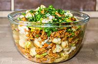 Горячий салат с жареными грибами