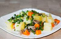 Как приготовить куриные желудки с картошкой и стручковой фасолью