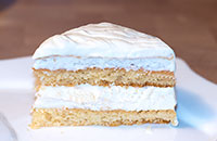 Простой вкусный торт с лимонно-сливочным кремом