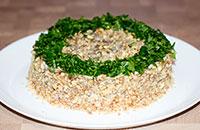 Салат с черносливом, телятиной и баклажаном