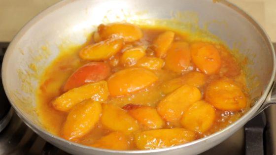 Карамелизированные абрикосы