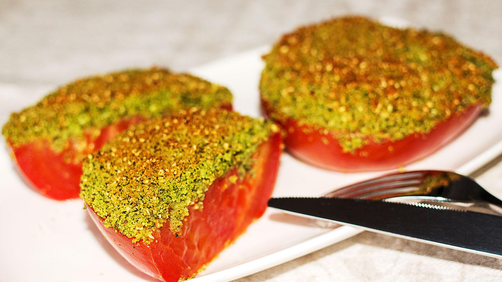 Запеченные помидоры с сыром - рецепт с фото
